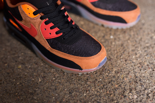 Nike Air Max 90 Ice Halloween QS (4)