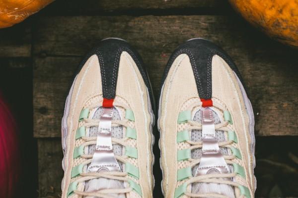Nike Air Max 95 Halloween (Beige Green) (4)