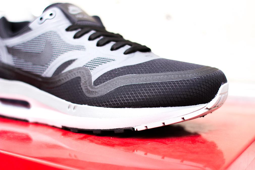 detailing 4ebb2 f4fc4 Où acheter la Nike Air Max Lunar1 WR (Noire/Grise) ?