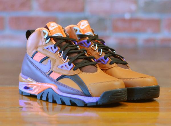 Nike Air Trainer SC Sneakerboot Tuscan Rust Hyper Grape-Barkroot Brown (2)