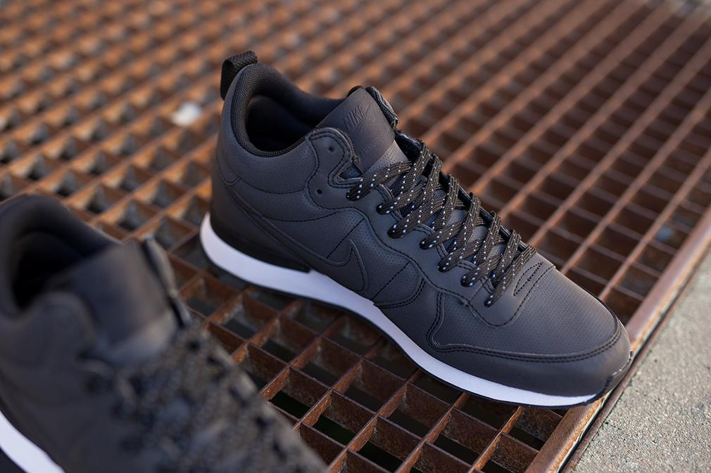 Nike Internationalist Mid Reflective Black (4)   Chaussures
