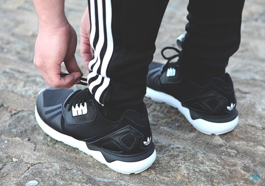 Adidas Originals Tubular Black (4)