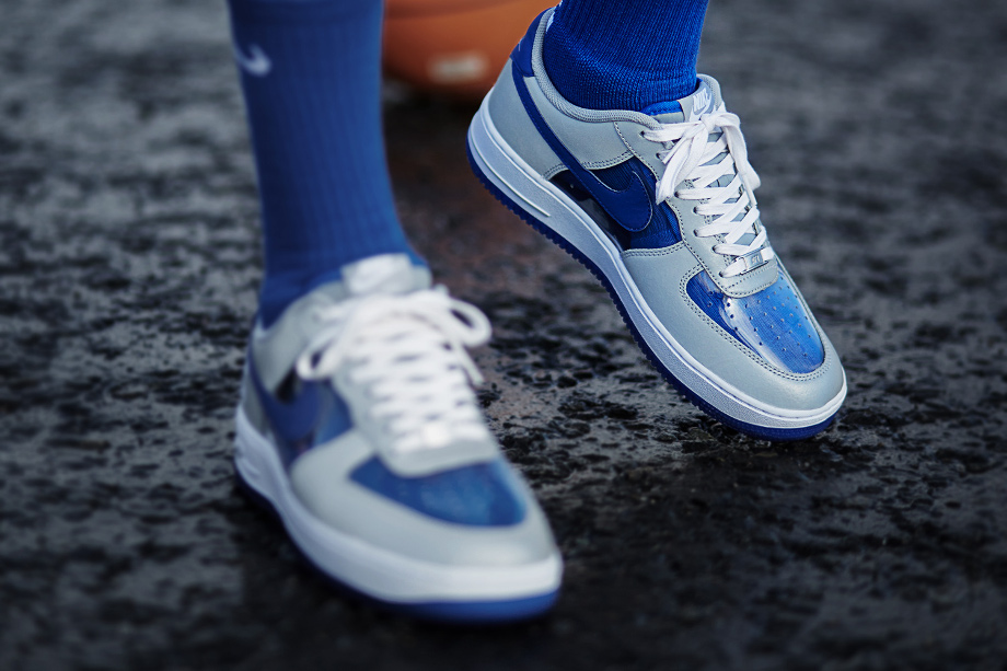 Air Force 1 Low Kyrie Irving CMFT (Wolf Grey Grey Royal White)-1 (1)