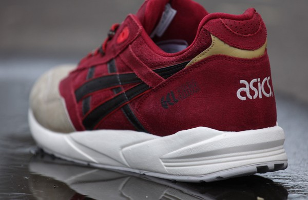 Asics Gel Saga Christmas 'Santa' (Burgundy/Dark Brown)