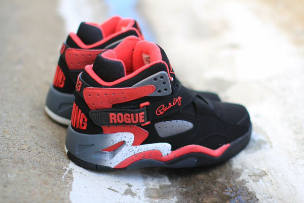 Ewing Rogue Black Red Pewter (4)