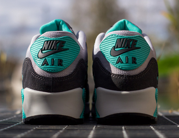 Nike Air Max 90 Essential Cool Grey Hyper Jade (3)