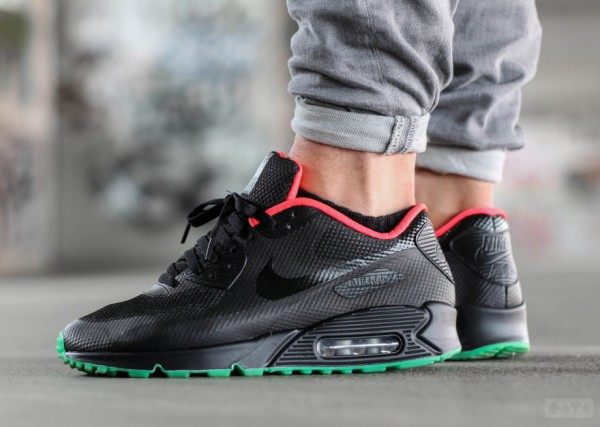 Nike Air Max 90 Hyperfuse ID Yeezy Solar Red (3)