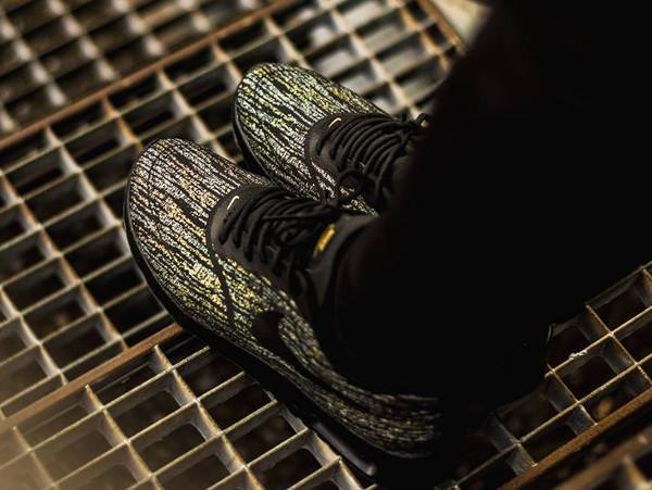 Nike Air Max Thea Jacquard (Black Metallic Gold) (2)