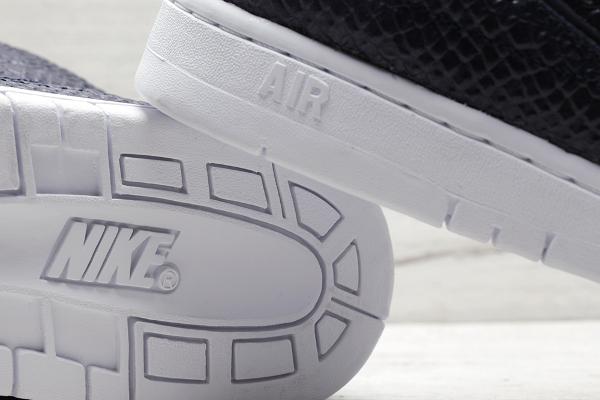 Nike Air Python SP White Obsidian Snakeskin (10)