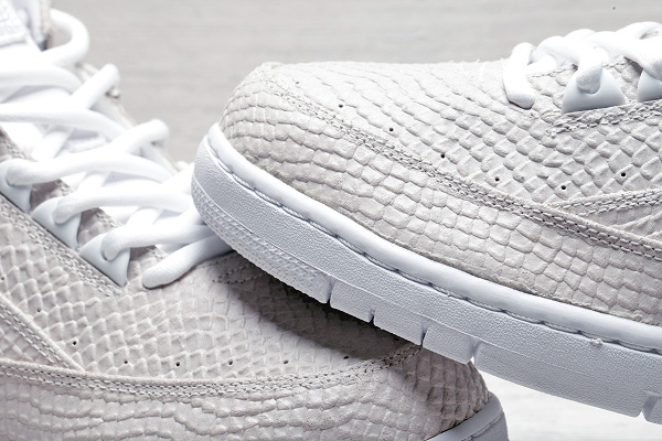 Nike Air Python SP White White Snakeskin (11)