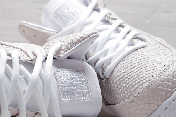 Nike Air Python SP White White Snakeskin (13)