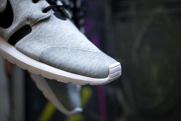 Nike Roshe Run NM W SP Tech Fleece (11)