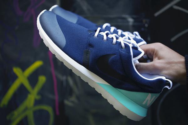 Nike Roshe Run NM W SP Tech Fleece (4)