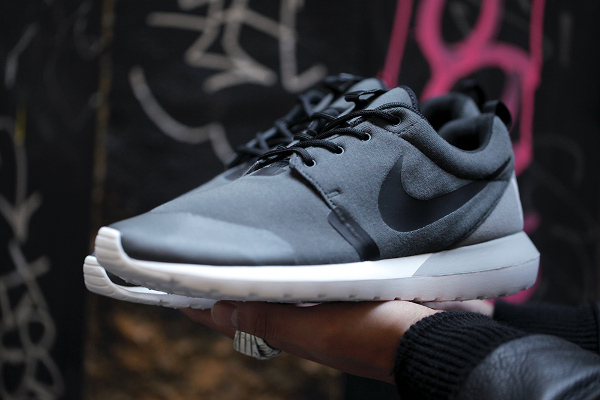 Nike Roshe Run NM W SP Tech Fleece (7)
