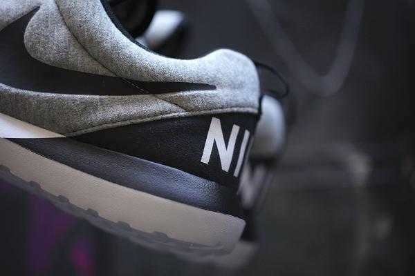 Nike Roshe Run NM W SP Tech Fleece (9)