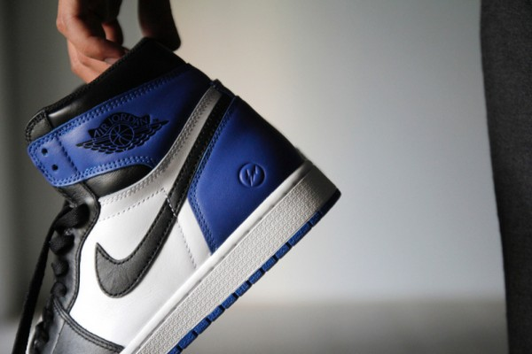 Air Jordan 1 Black Toe x Fragment Design (5)