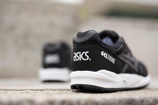 Asics Gel Saga (Black/White)