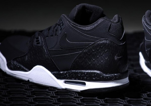 Nike Air Flight 89 'Black Leather'