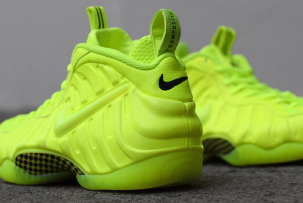 Nike Air Foamposite Pro Volt (4)