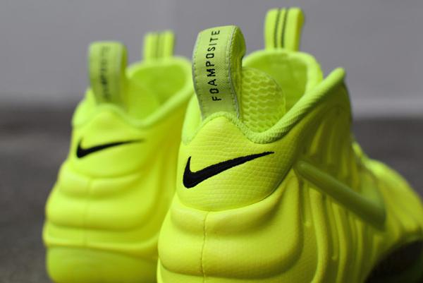 Nike Air Foamposite Pro Volt (7)