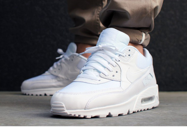 Nike Air Max 90 Essential Triple White (4)