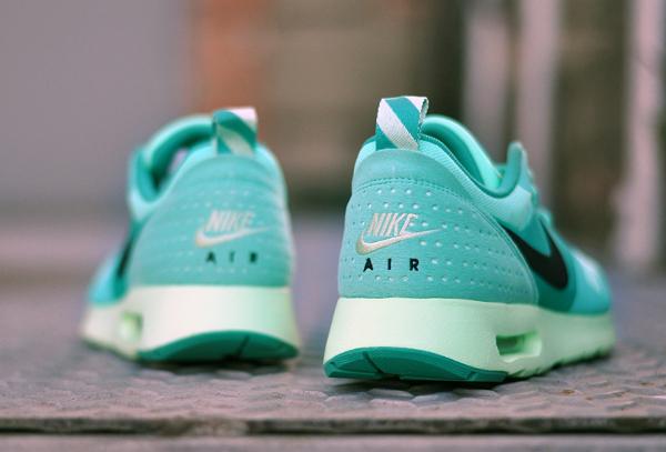 Nike Air Max Tavas Green Glow (4-1)