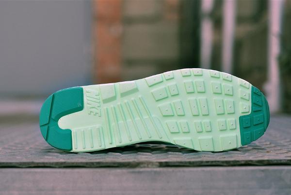 Nike Air Max Tavas Green Glow (5)