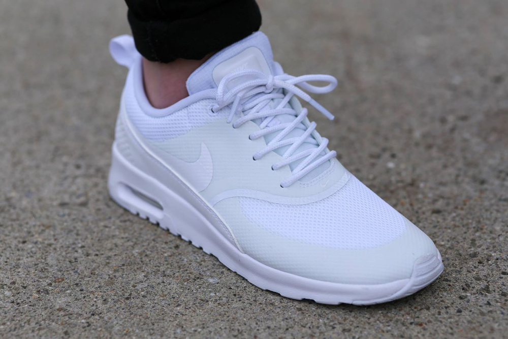 Nike Air Max Thea Homme Rouge Pas Cher