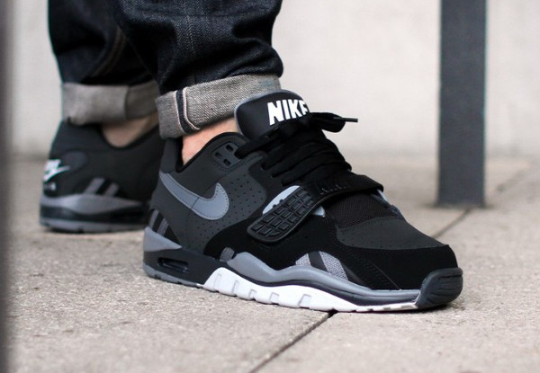 nike trainer noir low