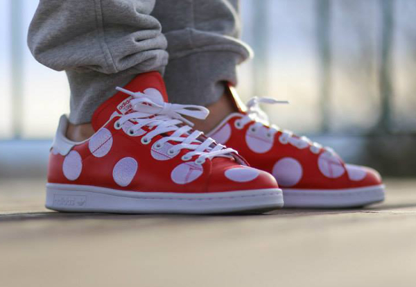 Adidas Stan Smith x Pharrell Williams 'Big Polka Dots' rouge (5)