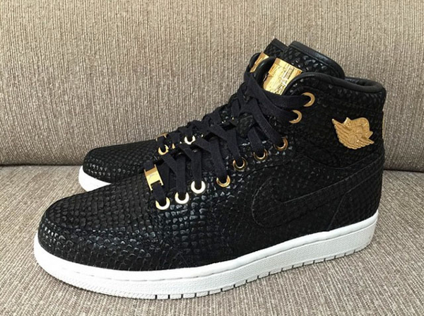 Air Jordan 1 High Black Gold