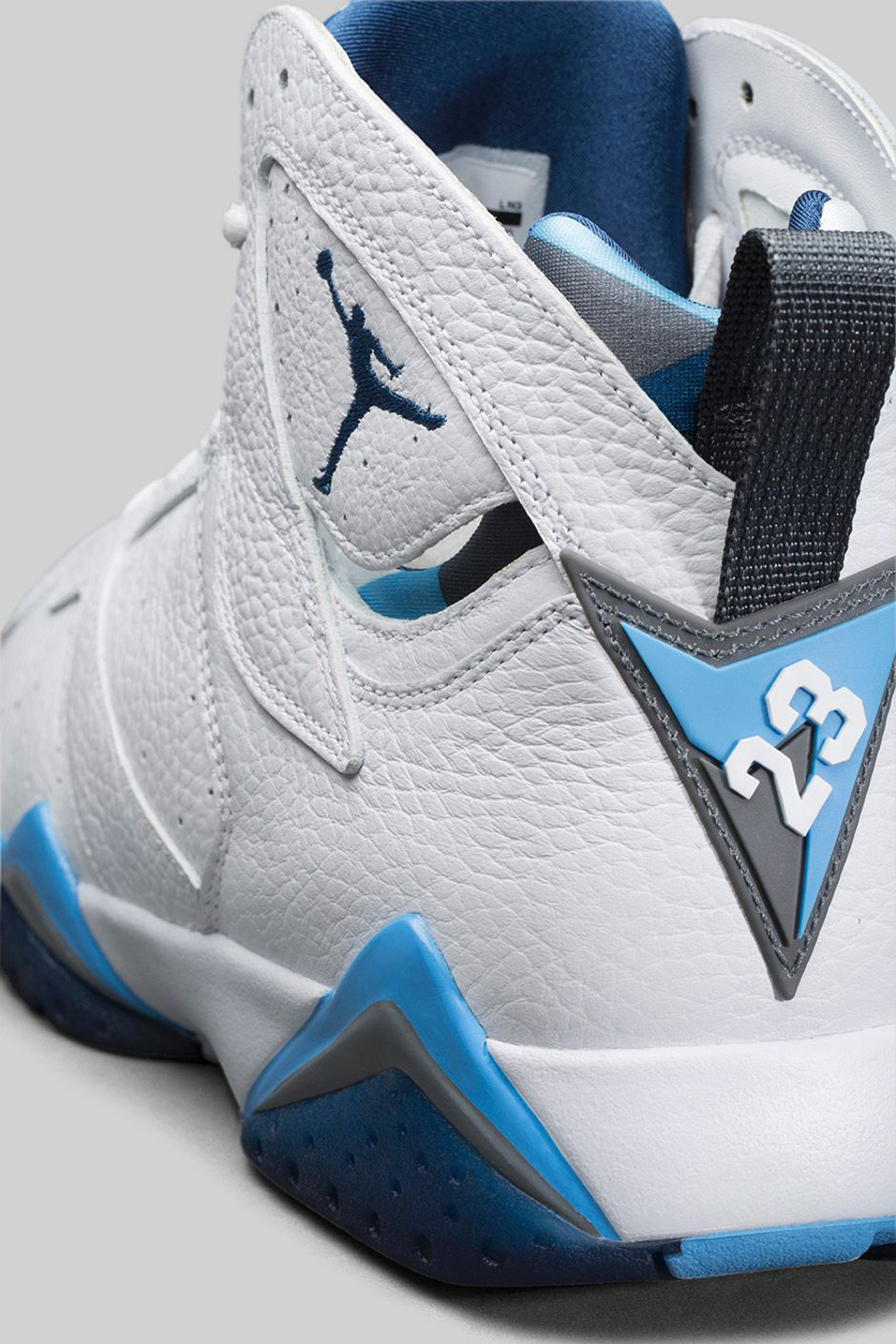 Air Jordan 7 'French Blue' Retro 2015 (1)