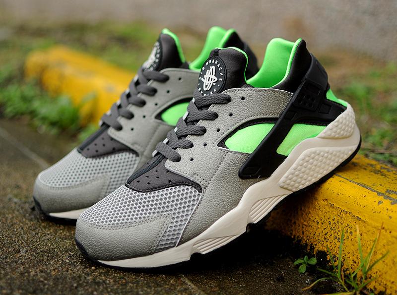 Nike Air Huarache Mine Grey Mid Fog-Poison Green (2)