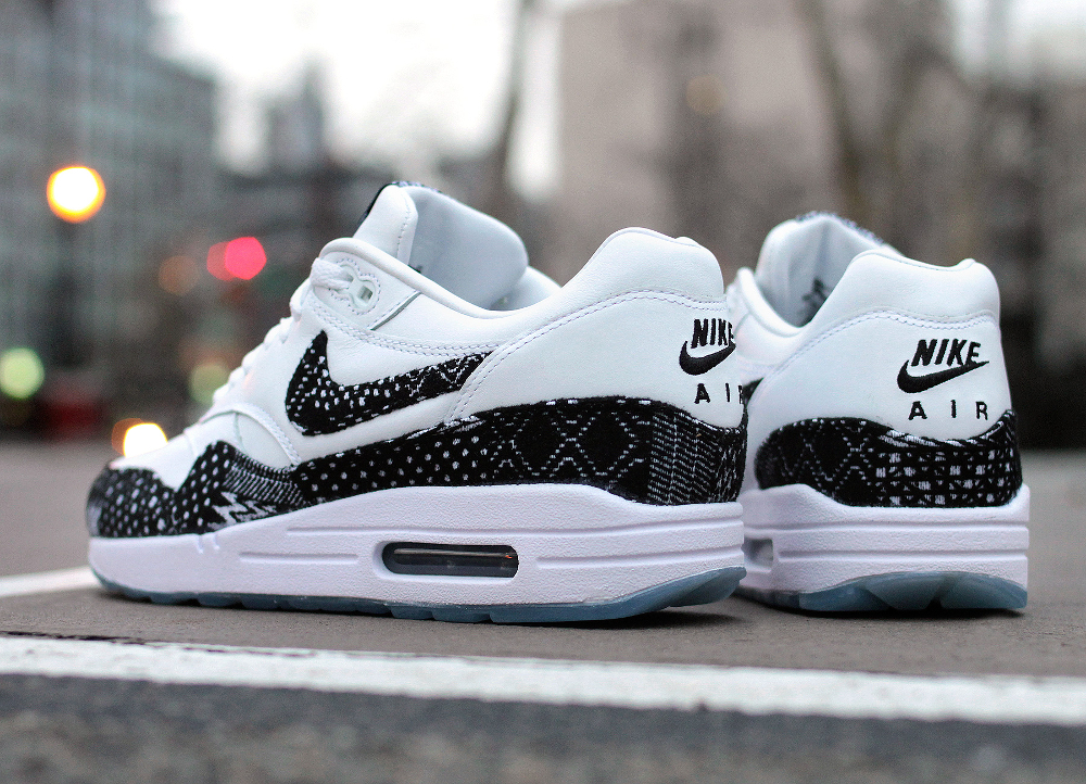 Nike Air Max 1 BHM 2015 (Black-White-Gold) (4)