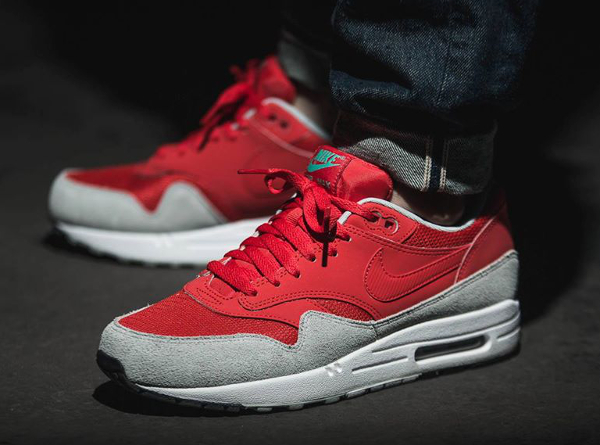 nike air max rouge et gris