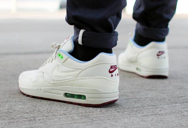 Nike Air Max 1 FB (Light Bone Poison Green) (3)
