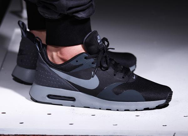 Nike Air Max Tavas Cool Grey (1)