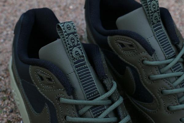 Nike Air Wildwood LE PRM QS Black Olive Bamboo (4)