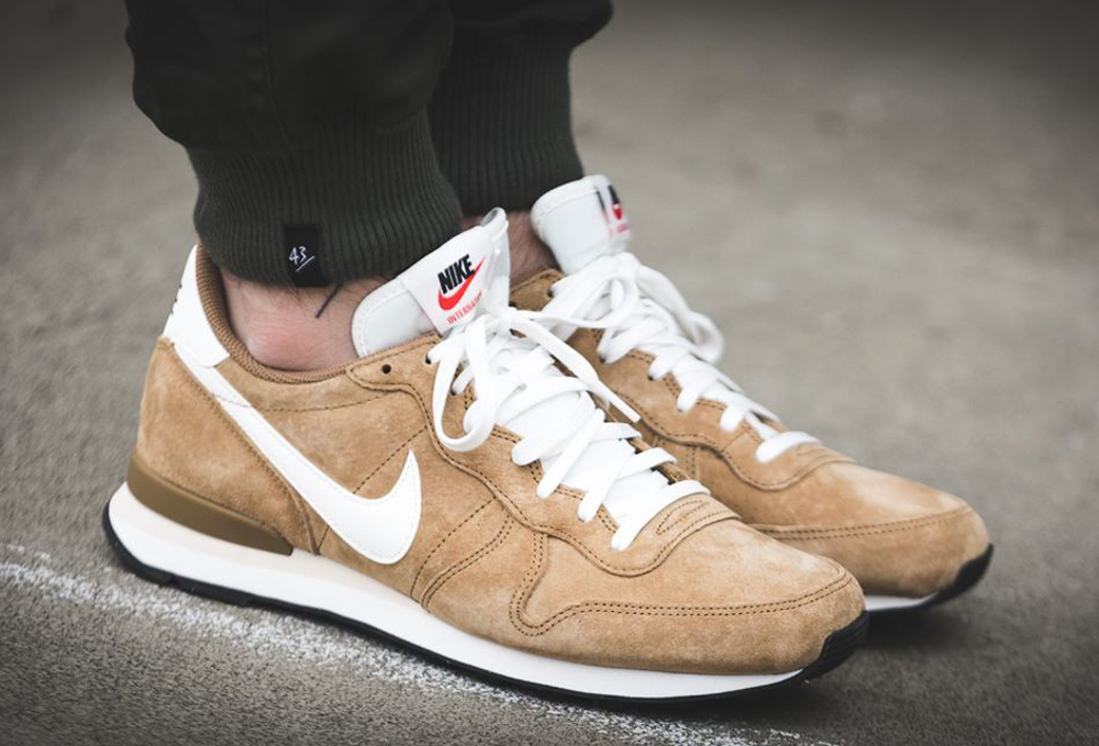 Nike Internationalist Leather Golden Tan (daim de porc) (3)