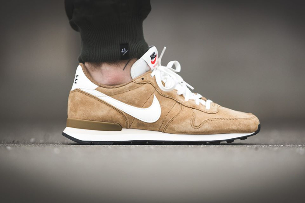 Nike Internationalist Leather Golden Tan (daim de porc) (4)