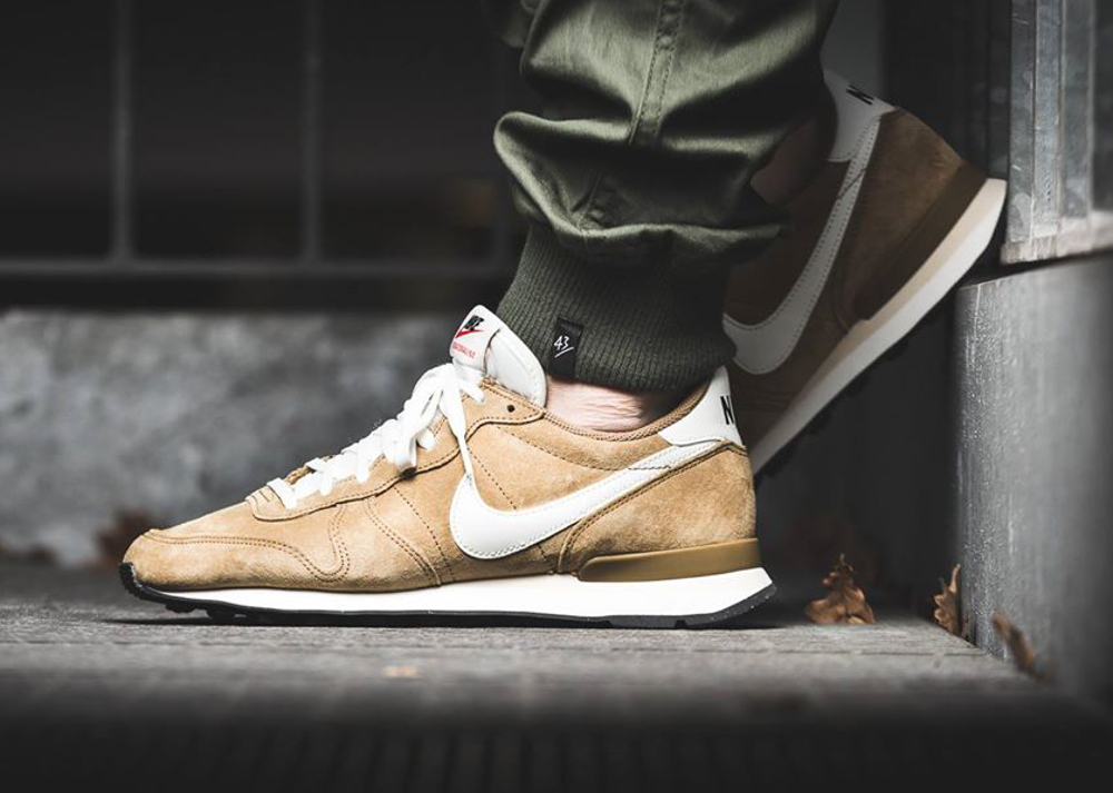 Nike Internationalist Leather Golden Tan (daim de porc) (5)