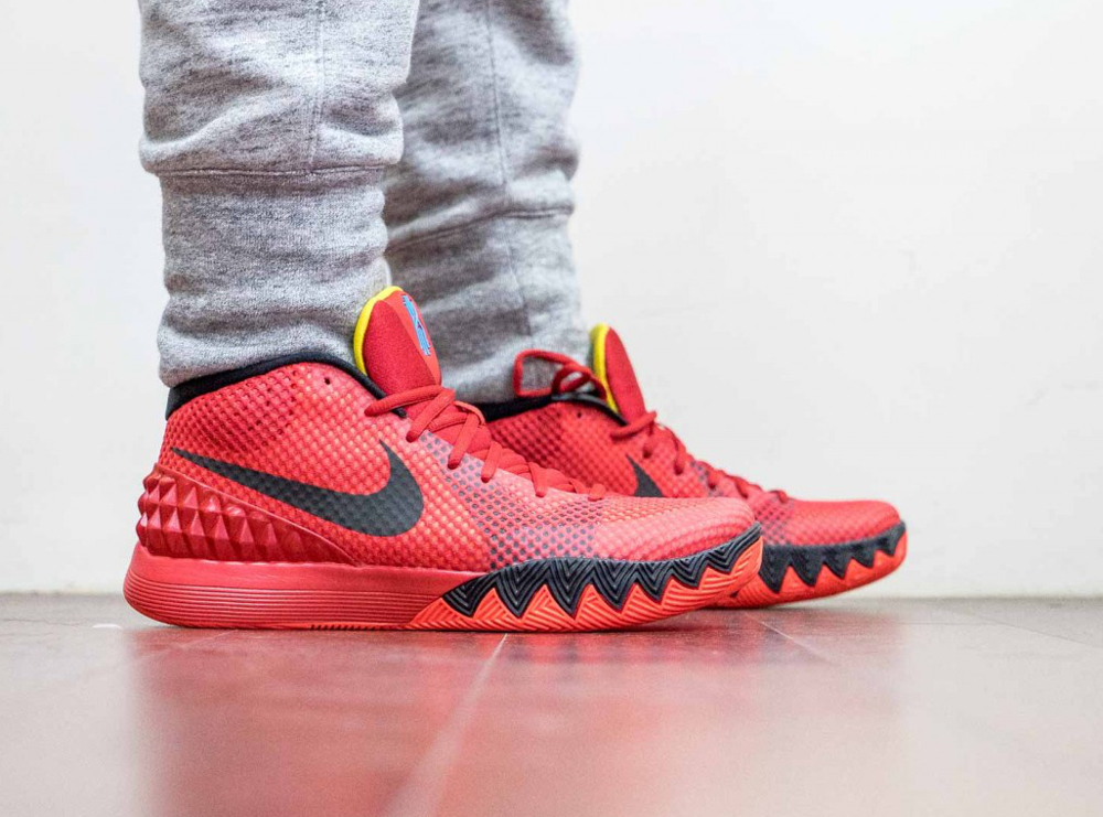 Nike Kyrie 1 Deceptive Red France (13)
