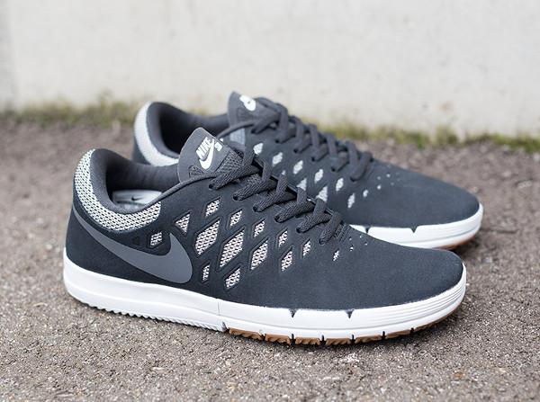 Nike SB Free Black (3)