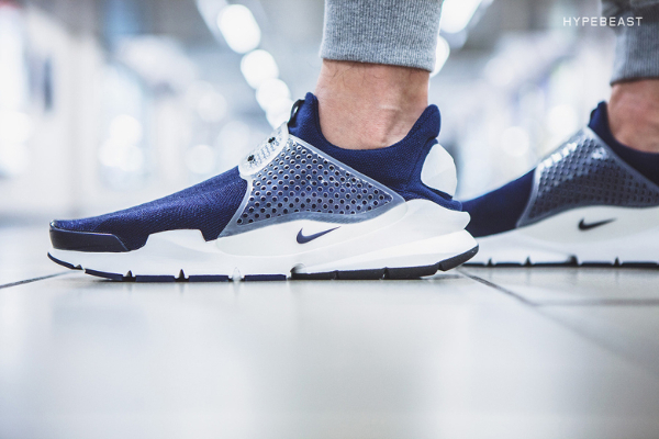 "fragment design x Nike Sock Dart ""Dark Obsidian (12)"