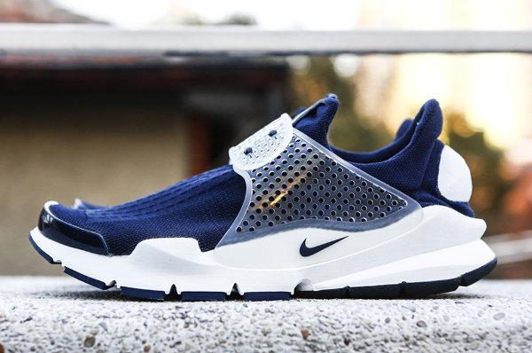"fragment design x Nike Sock Dart ""Dark Obsidian (2)"