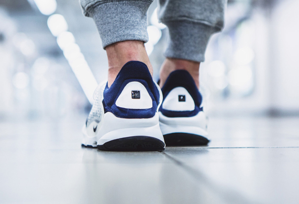 "fragment design x Nike Sock Dart ""Dark Obsidian (7)"