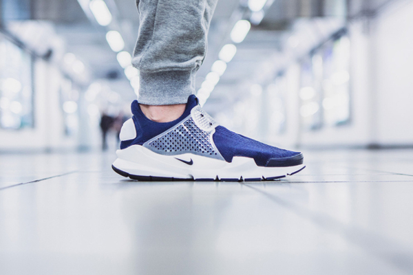 "fragment design x Nike Sock Dart ""Dark Obsidian (8)"