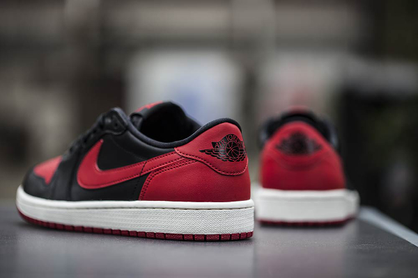 Air Jordan 1 Low OG 'Bred' (Rouge & Noir) (4)