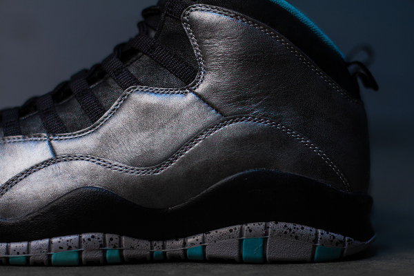 Air Jordan 10 Retro 'Lady Liberty' (3)