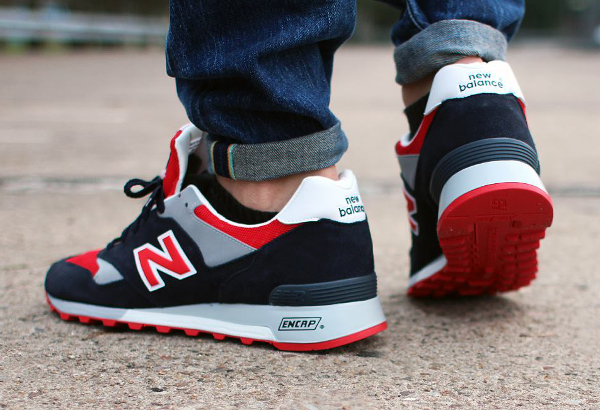 New Balance 577 'Navy Red' (made in england) aux pieds (3)